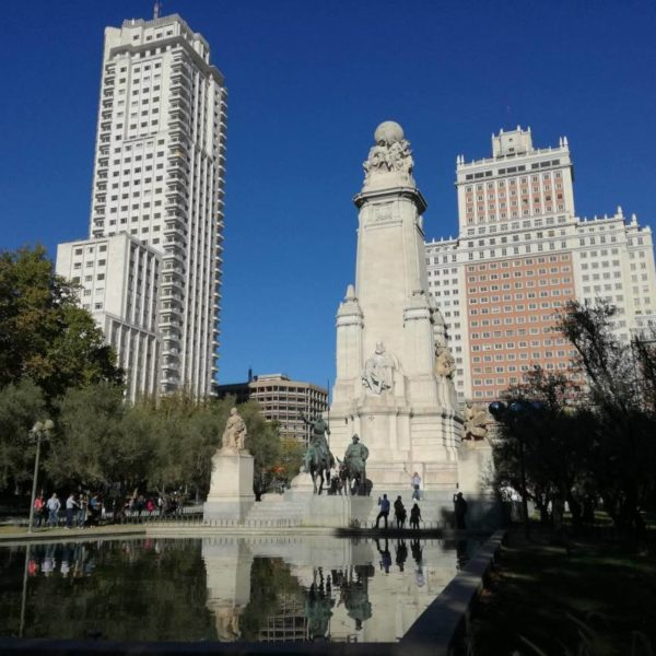 5 reasons to visit Plaza de España!
